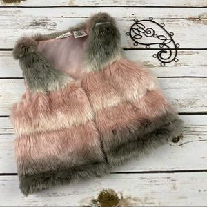 Max Studio Vest Girls 3t Fur Tricolor